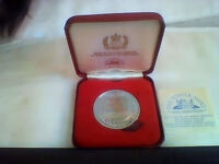 Solid Nickel Silver commemorative medallion minted for Dept. Of Environment for the Silver Jubilee