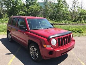 2008 Jeep Patriot Sport 4x4 Autom. BAS MILAGE *Jamais Accidenté*