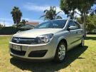 2005 Holden Astra AH MY05 CD Gold 4 Speed Automatic Hatchback Somerton Park Holdfast Bay image 2