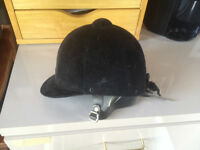 Somerset Hunt Cap Riding Horse Helmet 6 7/8 Size