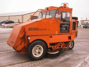 1991 Elgin Pelican Sweeper