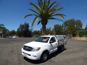 2005 Toyota Hilux GGN15R MY05 SR White 5 Speed Manual Utility Cabramatta Fairfield Area Preview