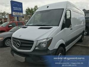 2015 Mercedes-Benz Sprinter Cargo Van MINT CONDITION NEAR-NEW!