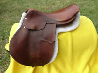 "17"" Crosby English Saddle"