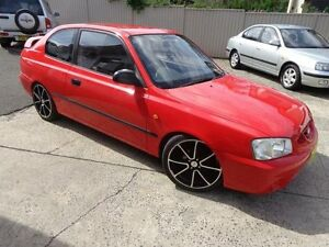 2001 Hyundai Accent LC GL Red 5 Speed Manual Hatchback Sylvania Sutherland Area Preview