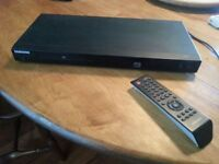 Samsung DVD player with remote P390 - XAC