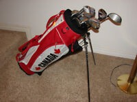 Men's Right Hand Golf sets consist of Deep red Wilson