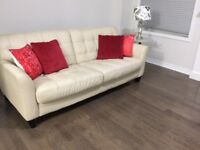 very good quality leather sofa and loveseat