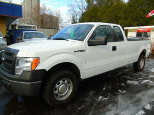 2014 Ford F-150 4X4 5.0 V8  Extended 8 Foot Box LOW KM!!!