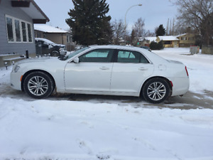 2013 Chrysler 300-Series Sedan FOR SALE