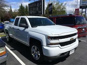 NEW 2017 Chevrolet Silverado 1500 Custom 4x4 WHITE