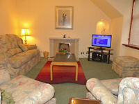 SHORT TERM SELF CATERING ABERDEEN BUCKSBURN SLEEPS 4 - WEEKLY LETS FROM £400pw NEAR DYCE & AIRPORT