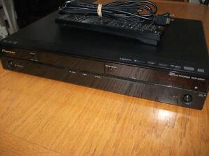 Pioneer DVR-560H-K tres peu servi prix ferme.