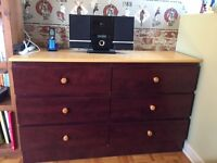 Child's Bedroom Furniture & Desk