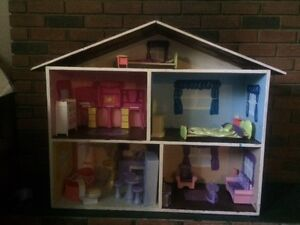 Doll House: Fully Furnished