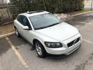 2008 Volvo C30 2.4L 5 cylinder Sunroof
