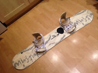 Women's Snowboard Board (with bindings), Boots ad Carrier Bag