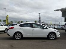2015 Kia Cerato YD MY15 S Clear White 6 Speed Sports Automatic Sedan Garbutt Townsville City Preview