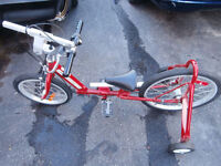 1 nice bike for child to learn to ride with out beening scaerd t