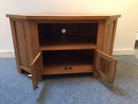 Oak TV Corner unit with storage and skybox/Virgin shelf - Excellent condition in quality solid OAK,