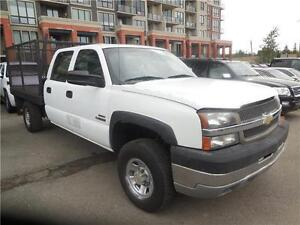 2005 gmc 1 ton 4x4 with deck