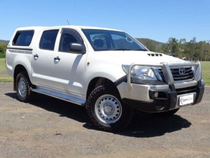 2014 Toyota Hilux KUN26R MY14 SR White 5 Speed Automatic 4D Utility