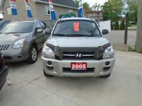 2005 Hyundai Tucson!! LOW KM ONLY 38K ! NO ACCIDENTS!