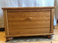 Mamas & Papas Solid Wood Richmond Toy / Storage Chest / Bedside table