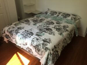 Beautiful Bedroom Steps to SMU & DAL Available on July1