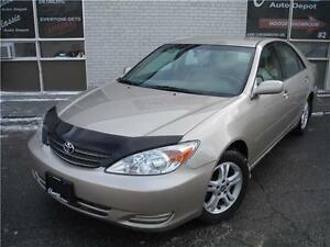 2002 Toyota Camry LE**DRIVES GREAT**5 SPEED MANUAL**