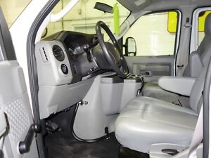 2014 Ford E-250 Extended Cargo Van Peterborough Peterborough Area image 6