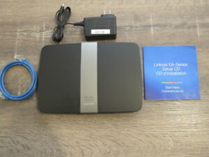 Linksys EA 4500 Router