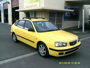 2003 Hyundai Elantra XD GL Yellow 5 Speed Manual Hatchback Coopers Plains Brisbane South West Preview