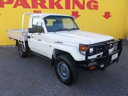2001 Toyota Landcruiser HZJ79R White 5 Speed Manual Cab Chassis Winnellie Darwin City Preview