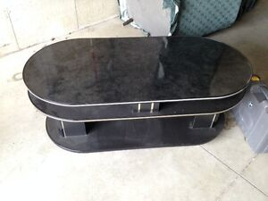 Coffee Table in good condition Kingston Kingston Area image 1