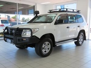 2013 Toyota Landcruiser VDJ200R MY13 GX (4x4) White 6 Speed Automatic Wagon Morley Bayswater Area Preview