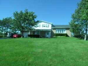Beautiful Home In Carbonear,NL. OCEAN VIEW 279.900 & NEGOTABLE!!