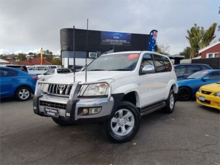 2006 Toyota Landcruiser Prado KZJ120R GXL (4x4) White 5 Speed Manual Wagon Mount Hawthorn Vincent Area Preview