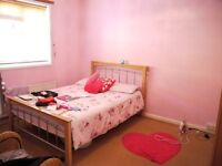 SPACIOUS 5 BEDROOM HOUSE NEAR MILE END.... BIG KITCHEN + SPACE FOR PARKING & DOUBLE GLAZING
