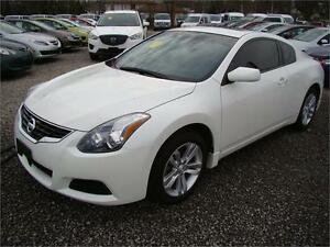 2013 Nissan Altima 2.5 S With Moonroof 2 Door Only 23,000kms