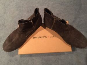 Size 11 Mens John Varvatos distressed double zip suede boot
