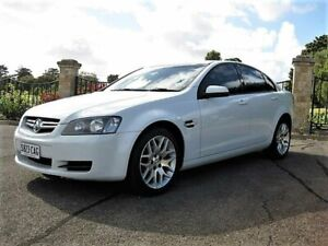 2008 Holden Commodore VE MY09 60th Anniversary White 4 Speed Automatic Sedan Enfield Port Adelaide Area Preview