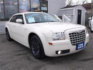 2006 CHRYSLER 300 * LOADED * POWER SEAT * MP3 AUX INPUT *
