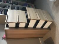 1 CHEST of 5 DRAWERS