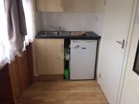 North Circular Road, NW2 DSS WELCOME Studio Flat Available Now