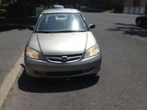 2005 Honda Civic Sedan...trés bon condetion