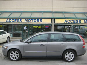 2005 Volvo V50, Fully Certified, Leather, Sunroof