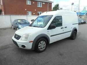 FORD TRANSIT CONNECT XLT 2010 ( AUTOMATIQUE, AIR CLIMATISÉ )