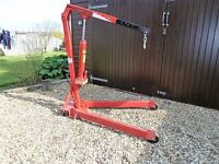 Clarke hydraulic 1 ton engine hoist fitted with new 2 ton ram