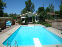 Home For Sale in Perth Ontario. Wood Fireplace, Sun Room, Pool